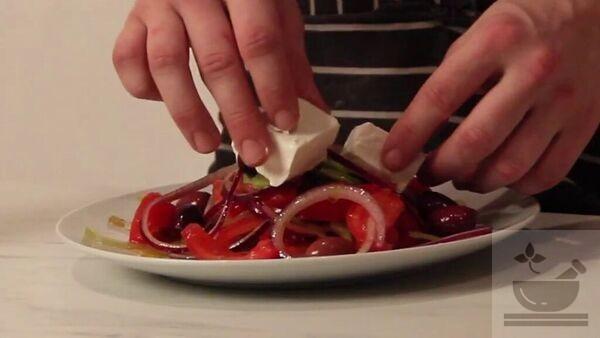 Греческий салат готовим классический вариант