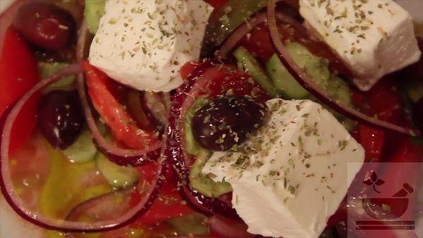 Греческий салат приготовление по классическому рецепту
