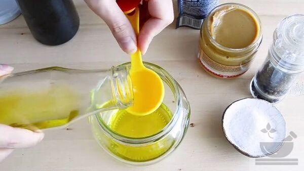 Оливковое масло в соусе