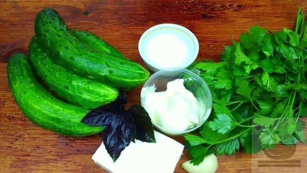 Ингредиенты для огуречного салата