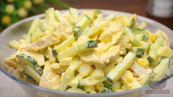 Вкусный салат со свежим огурцом