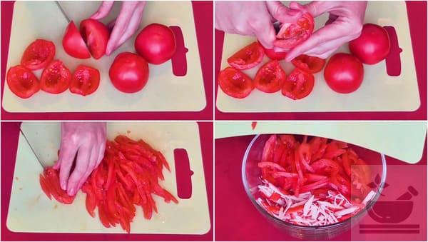Подготавливаем томаты